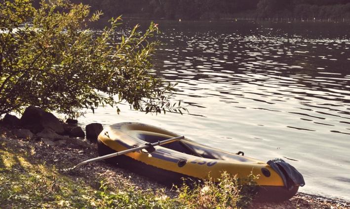Das aufblasbare Schlauchboot